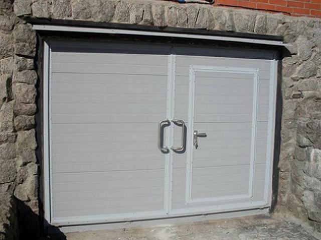 Какой пеноплекс взять на ворота гаража - 50 или 30 мм 1