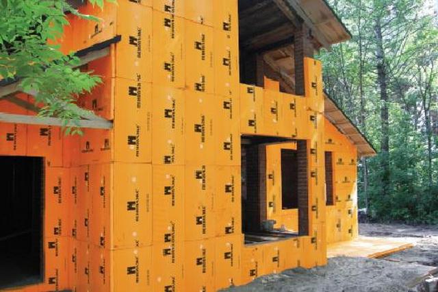 Чем утеплить стены дома снаружи - пенопластом или пеноплексом 5
