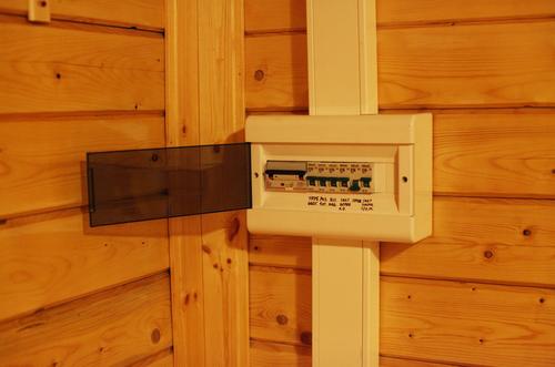 Электропроводка в деревянном доме 2