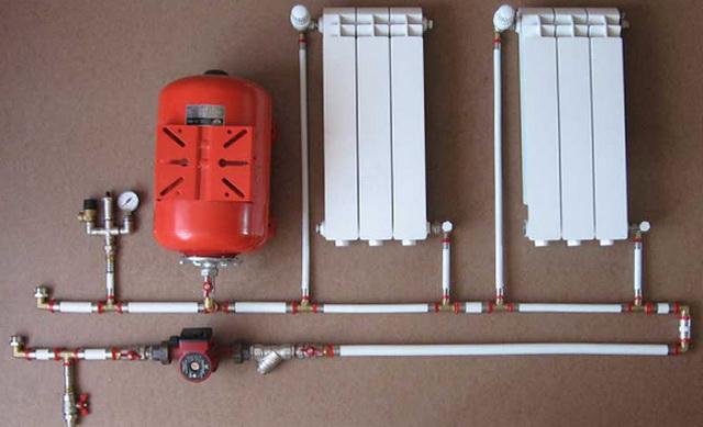 Схема отопления одноэтажного частного дома с принудительной циркуляцией 1