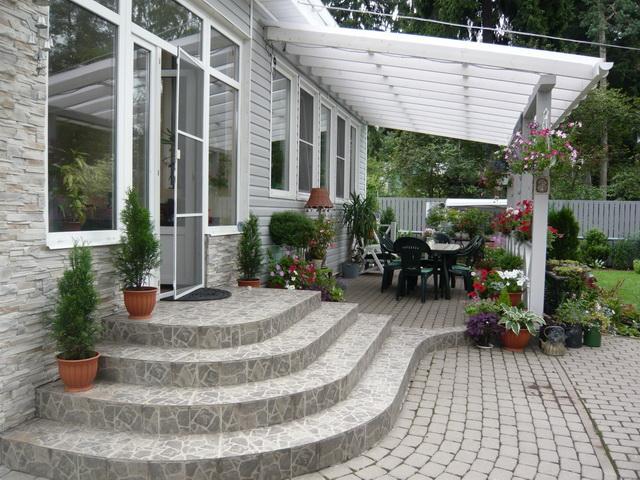 Терраса к дому своими руками – проекты и фото 7